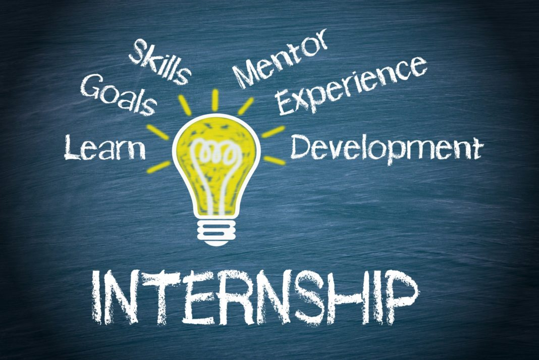 https://avnaudit.vn/wp-content/uploads/2019/11/internship-benefits-pay-expectations-1068x713.jpg